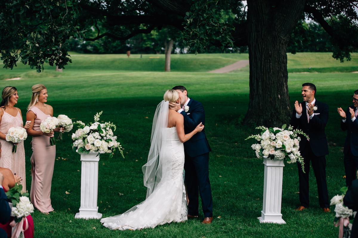 engle-olson-mark-fierst-minnesota-wedding-27.jpg
