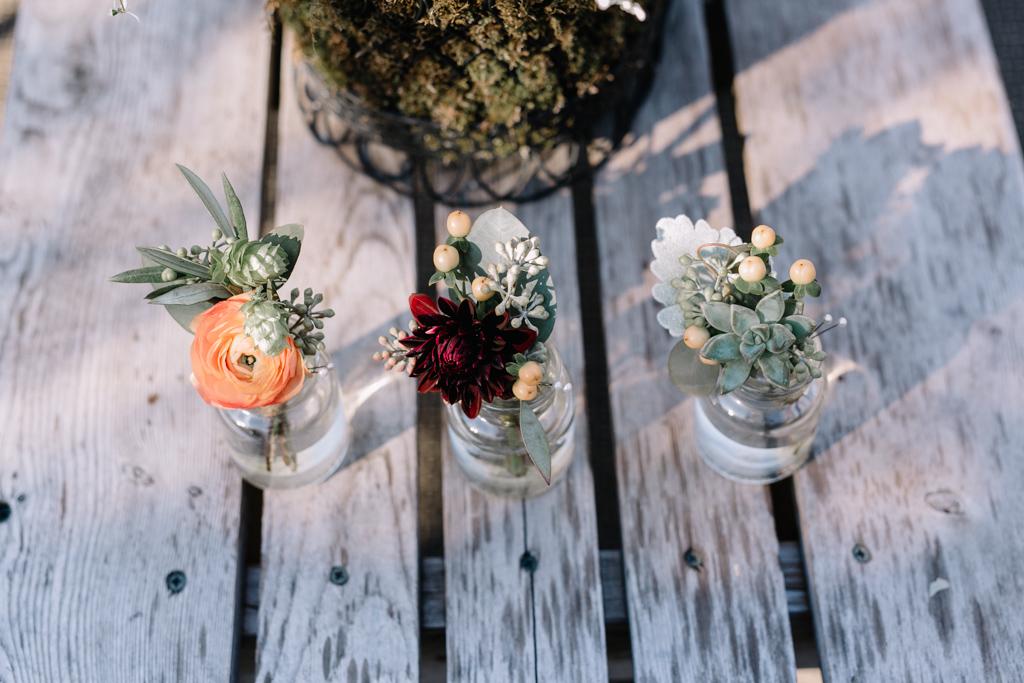 outdoor-wedding-minnesota-acowsay-cinema-35.jpg