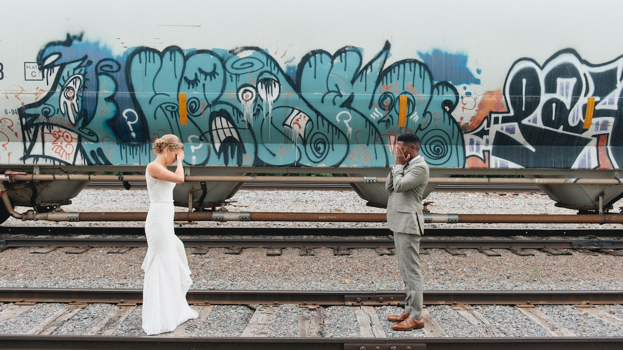 Julia + Christopher - solar arts building // Minneapolis, Minnesota