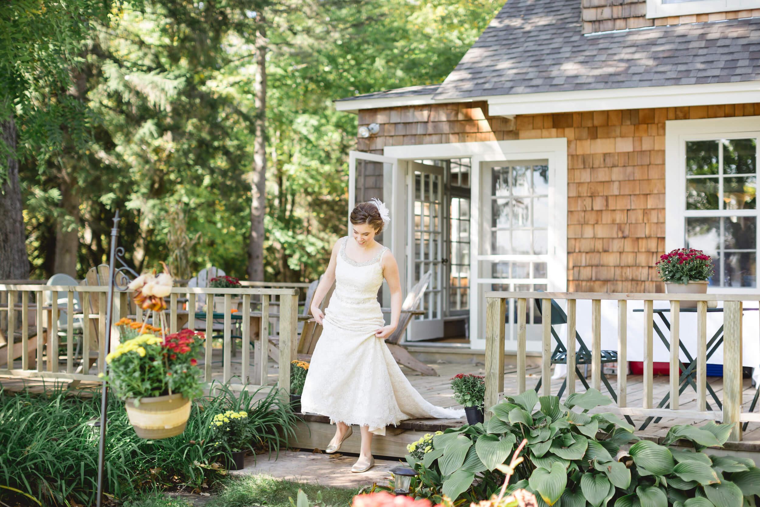 rochelle-louise-photography-acowsay-cinema-wisconsin-wedding-25.jpg