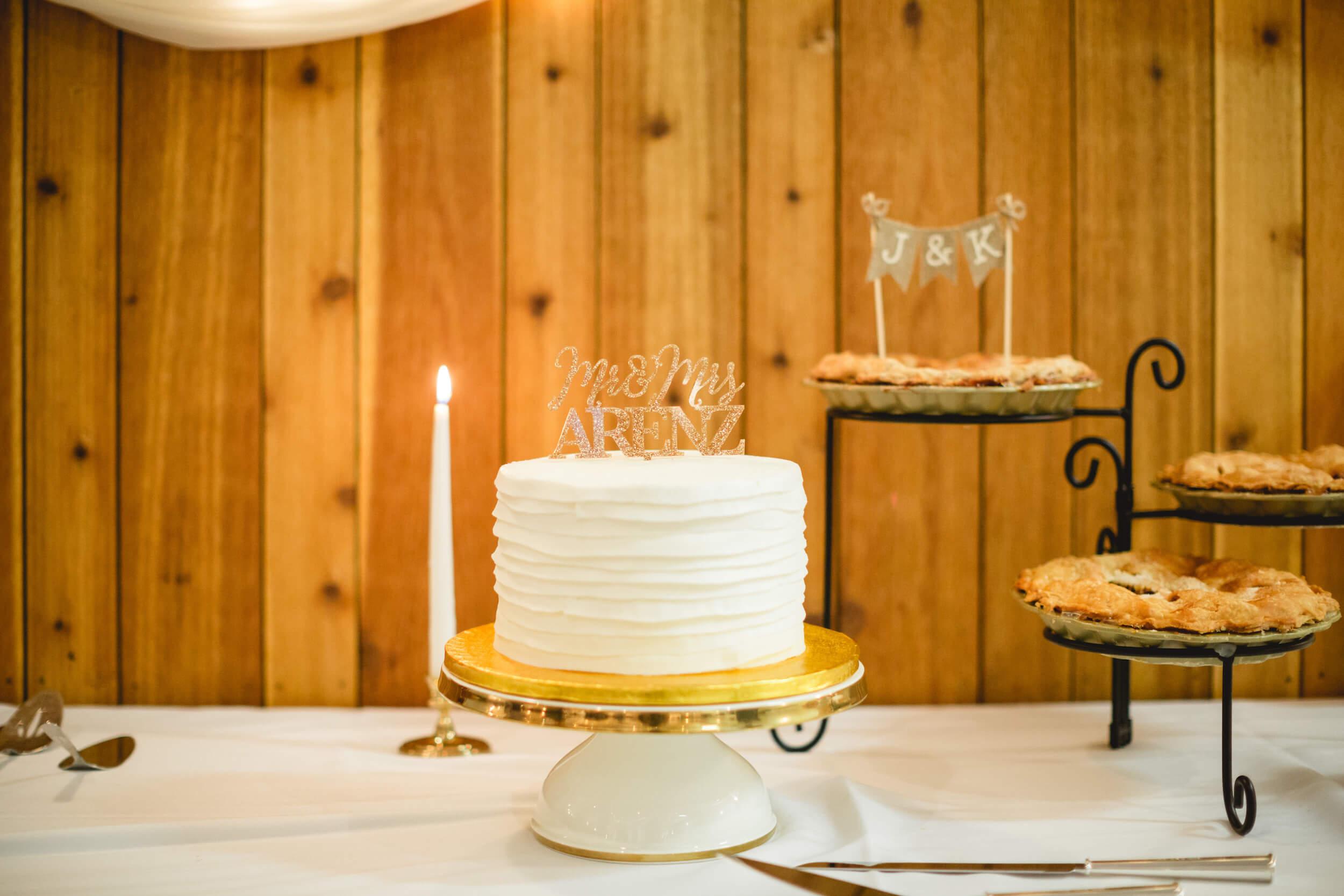 rochelle-louise-photography-acowsay-cinema-wisconsin-wedding-54.jpg