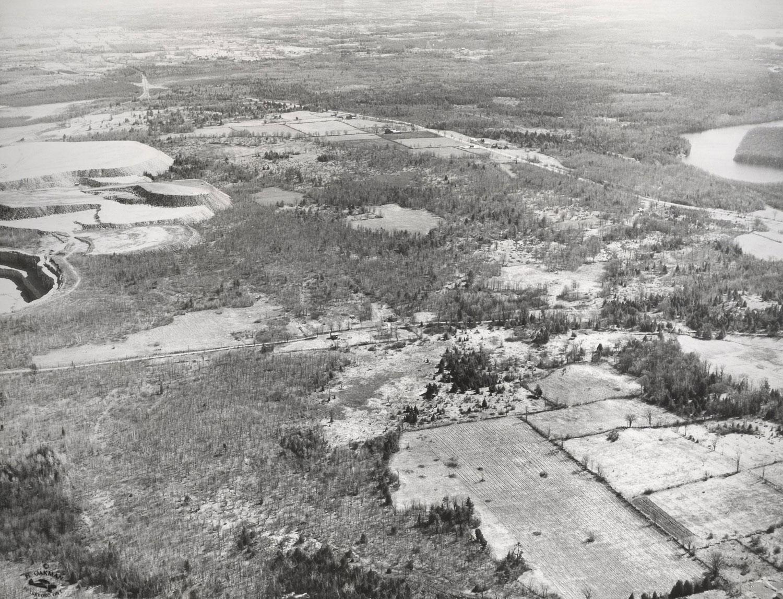 1957 Marmoraton Mine looking south