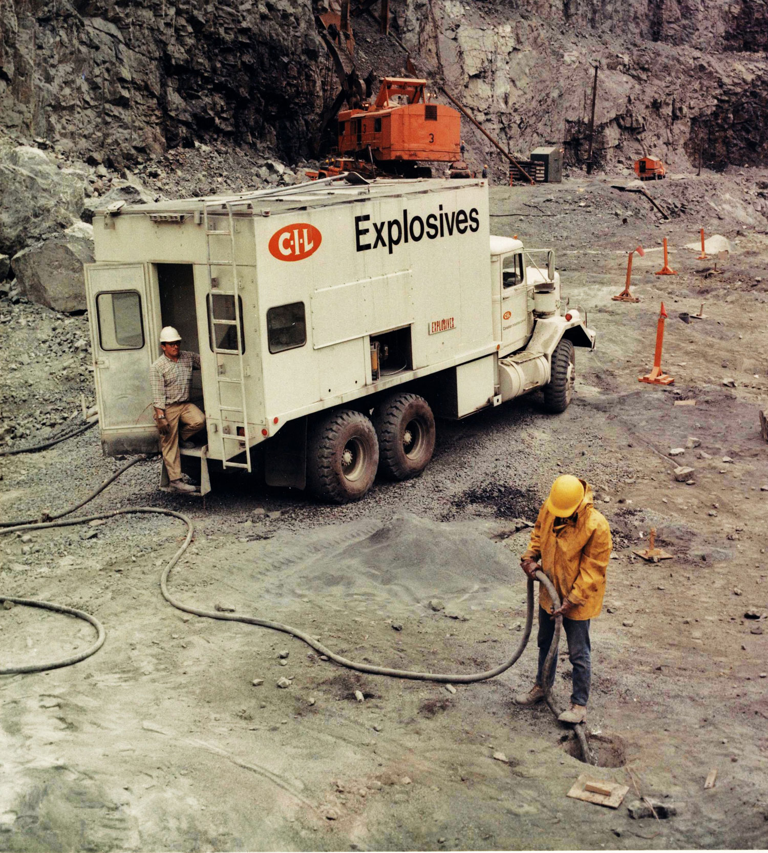 Marmoraton Mine Explosives