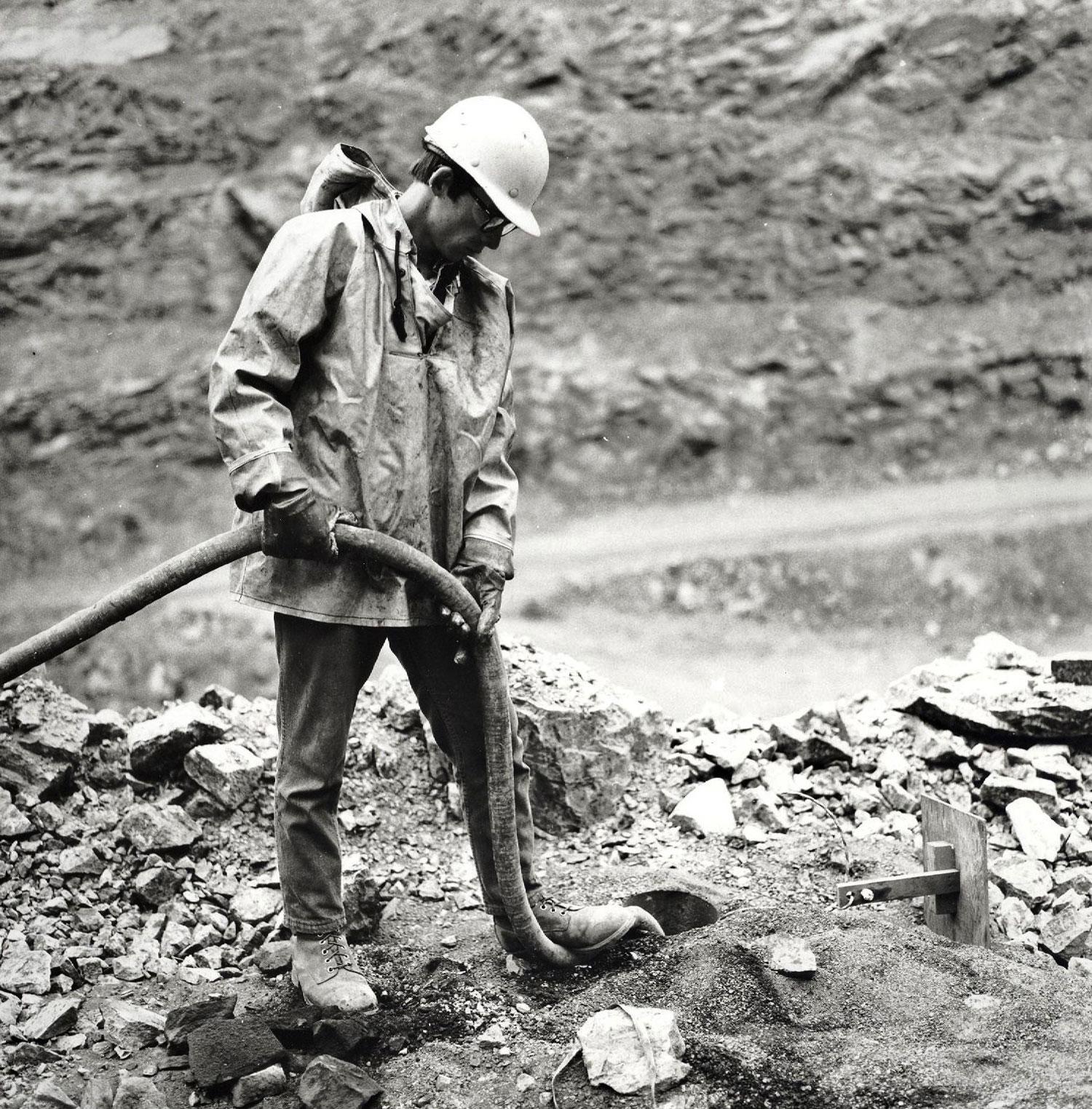 Marmorton Mine  explosives