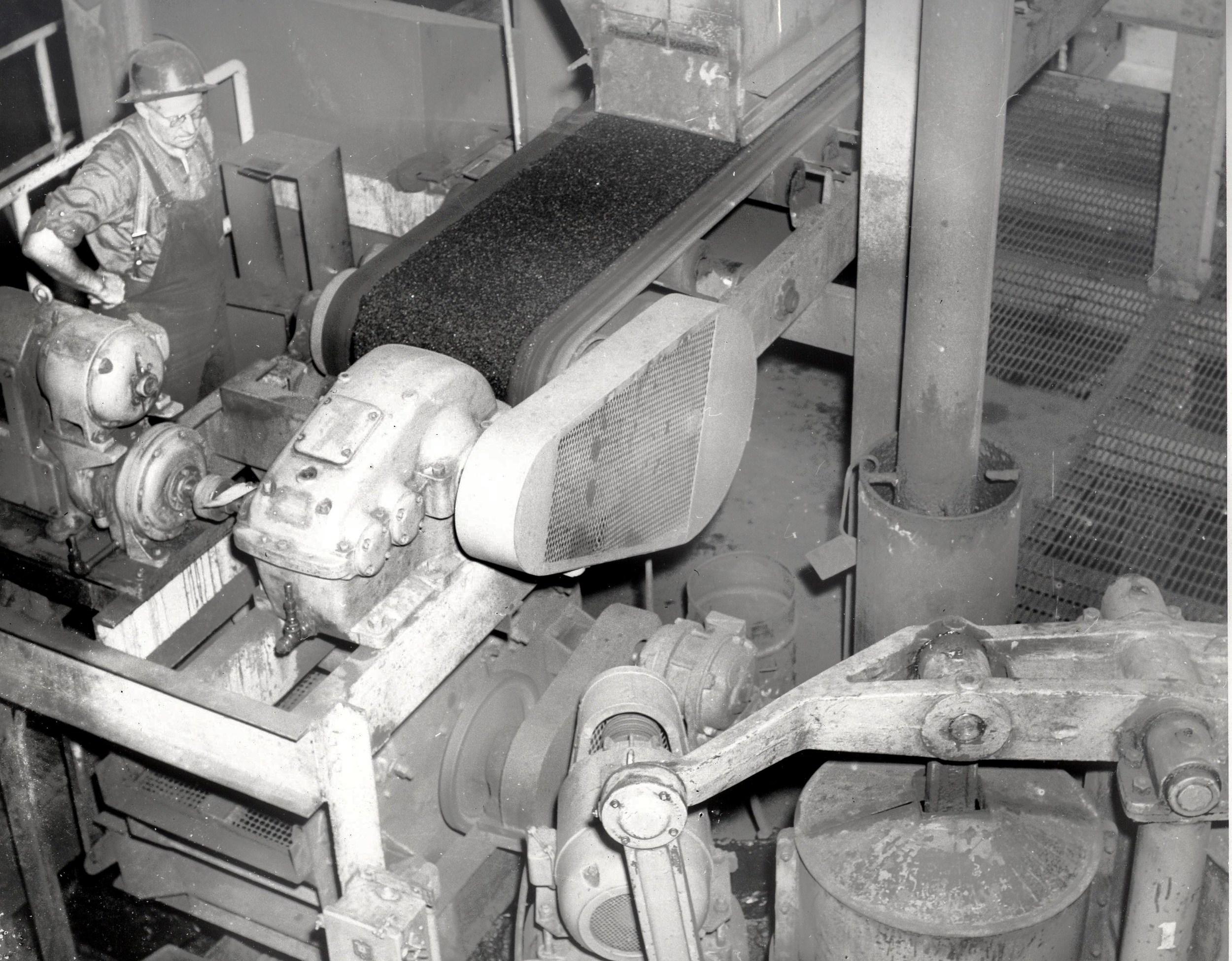 1956 Bill Jessup & coal feeders, Diaphragm pump
