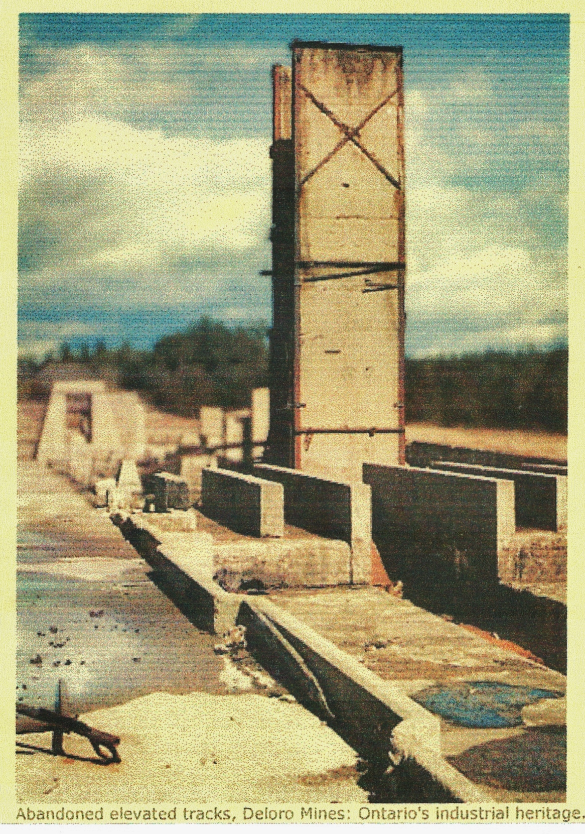 Abandonned elevated track