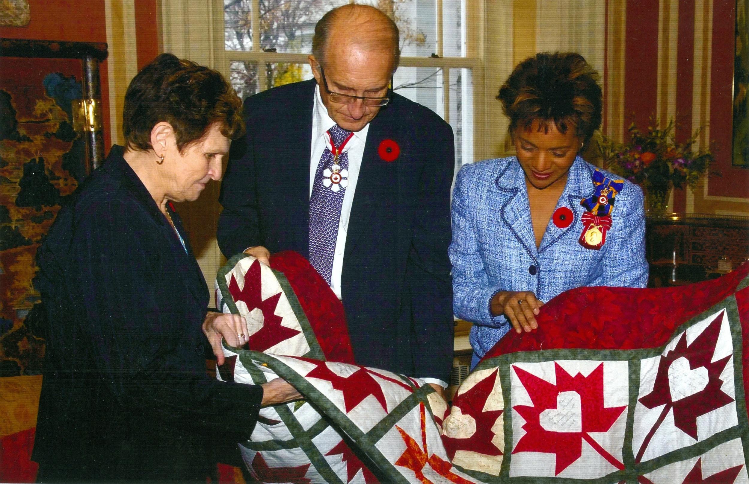 Event,  Quilt donation to  Fallen soldier,Jamie Murphy,  Governor General.jpg