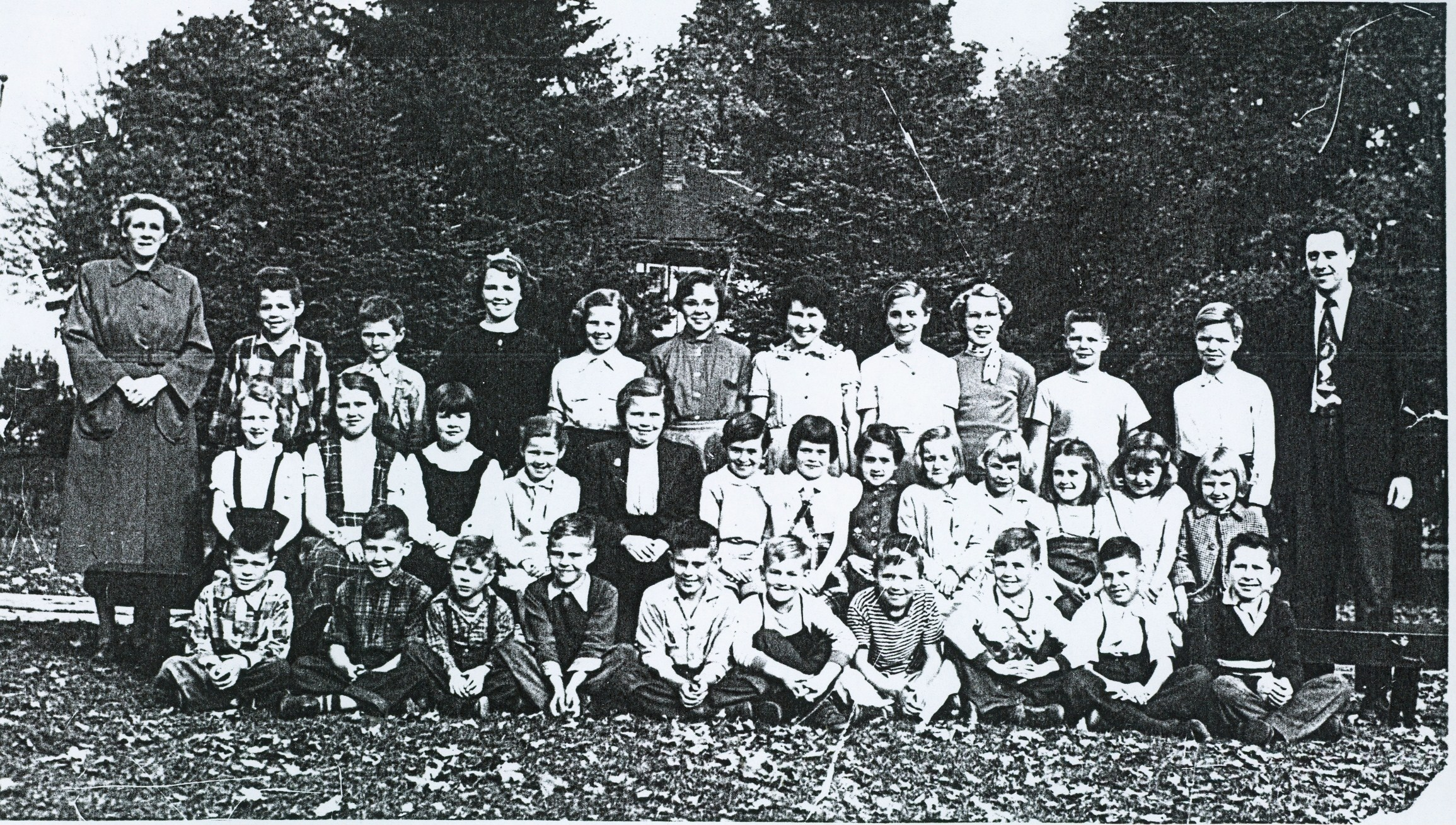 Deloro ublic School 1951-52