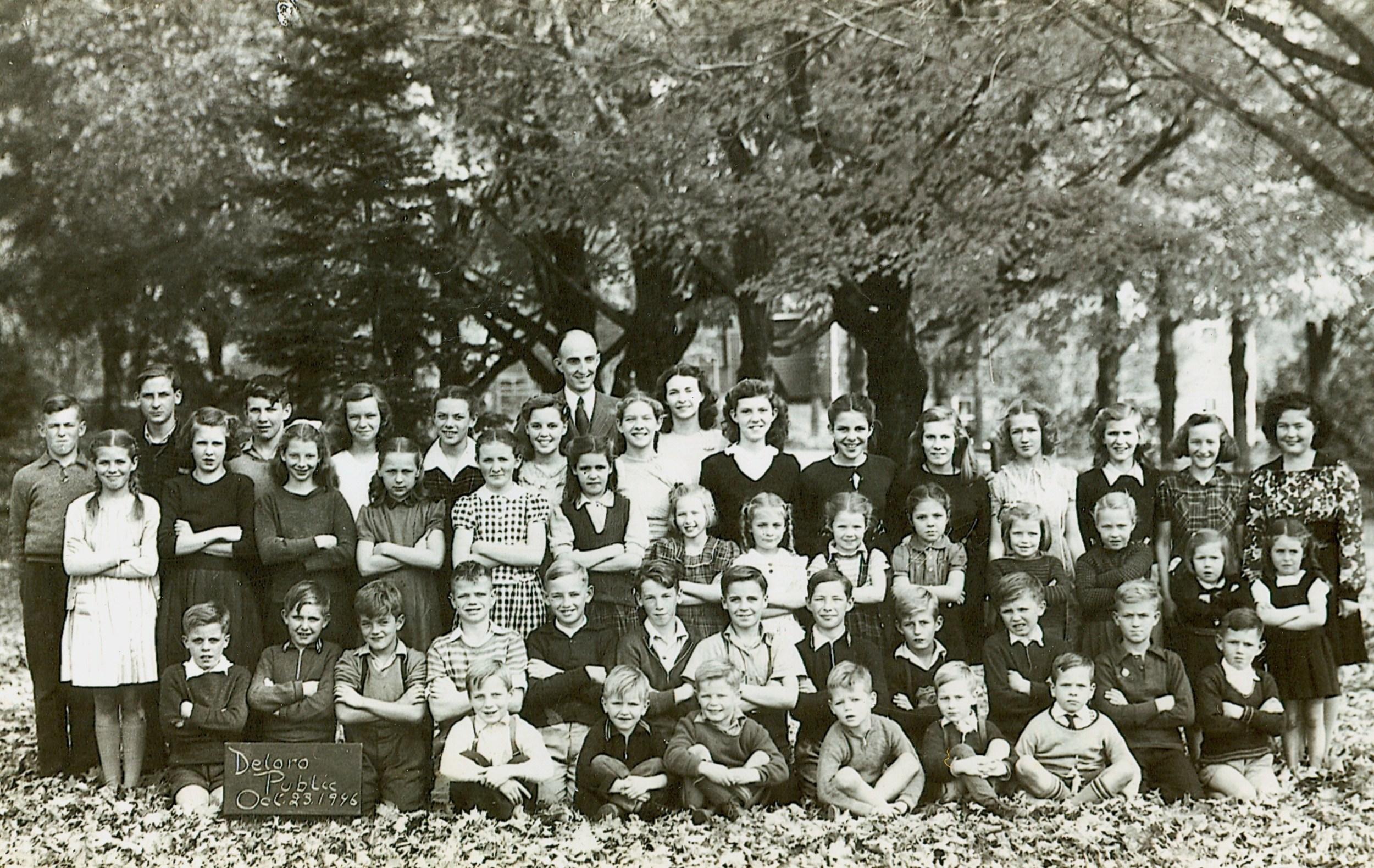 Deloro Public School 1946