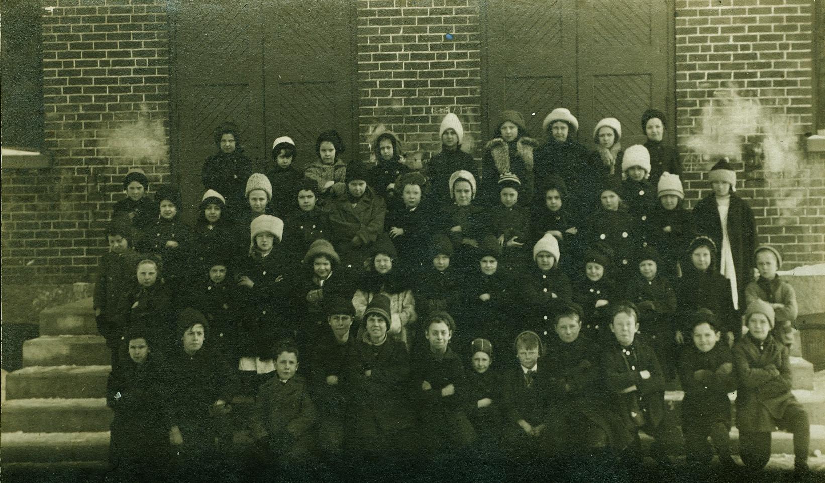 Marmora Public School c.1915