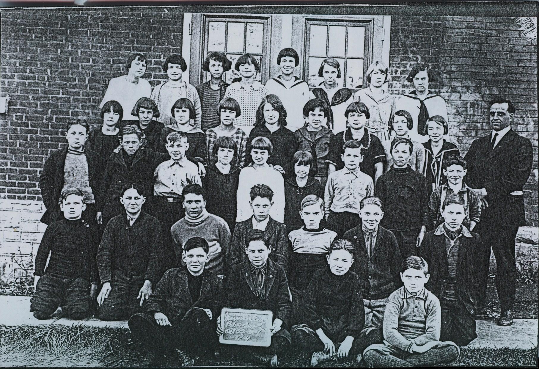 1924-25  Marmora Public School Gr. 4