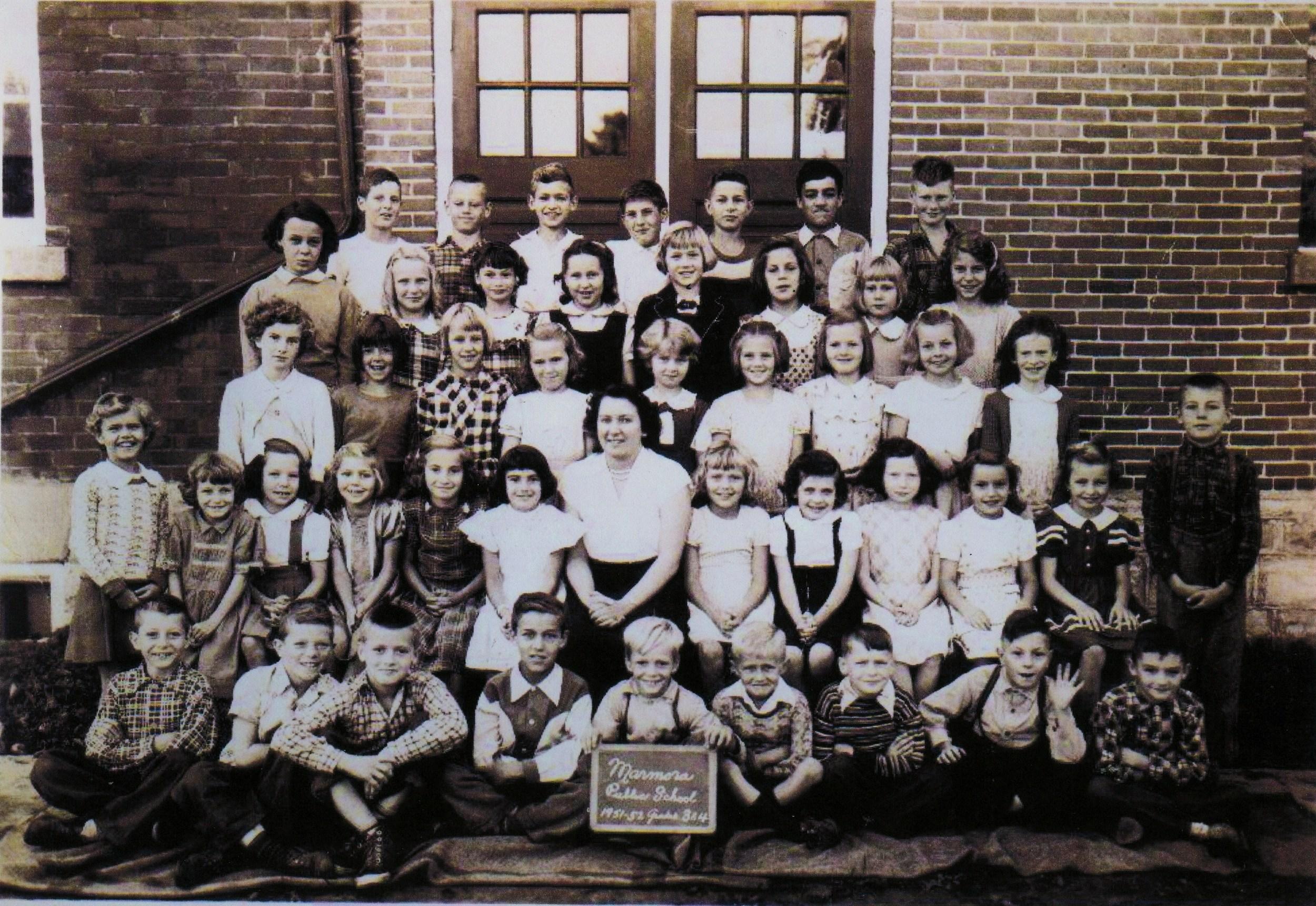 1951-52 Marmora Public School Gr. 3 & 4
