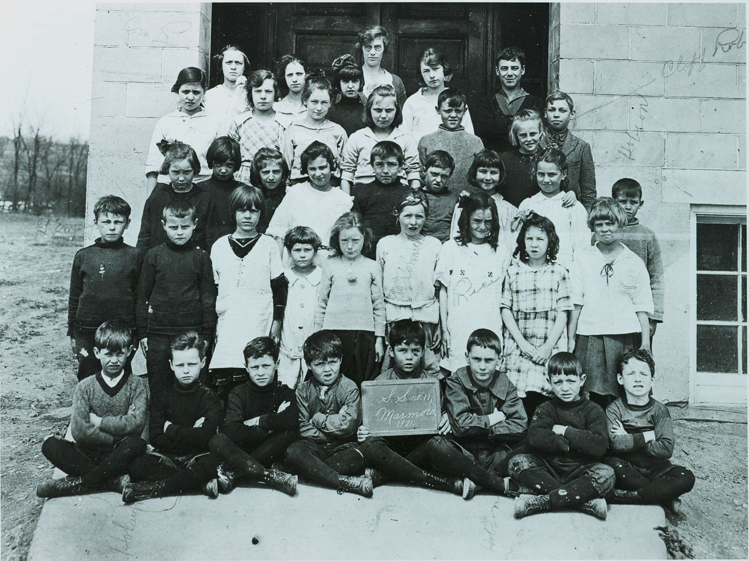 School Section 11,  Marmora,  1921.jpg