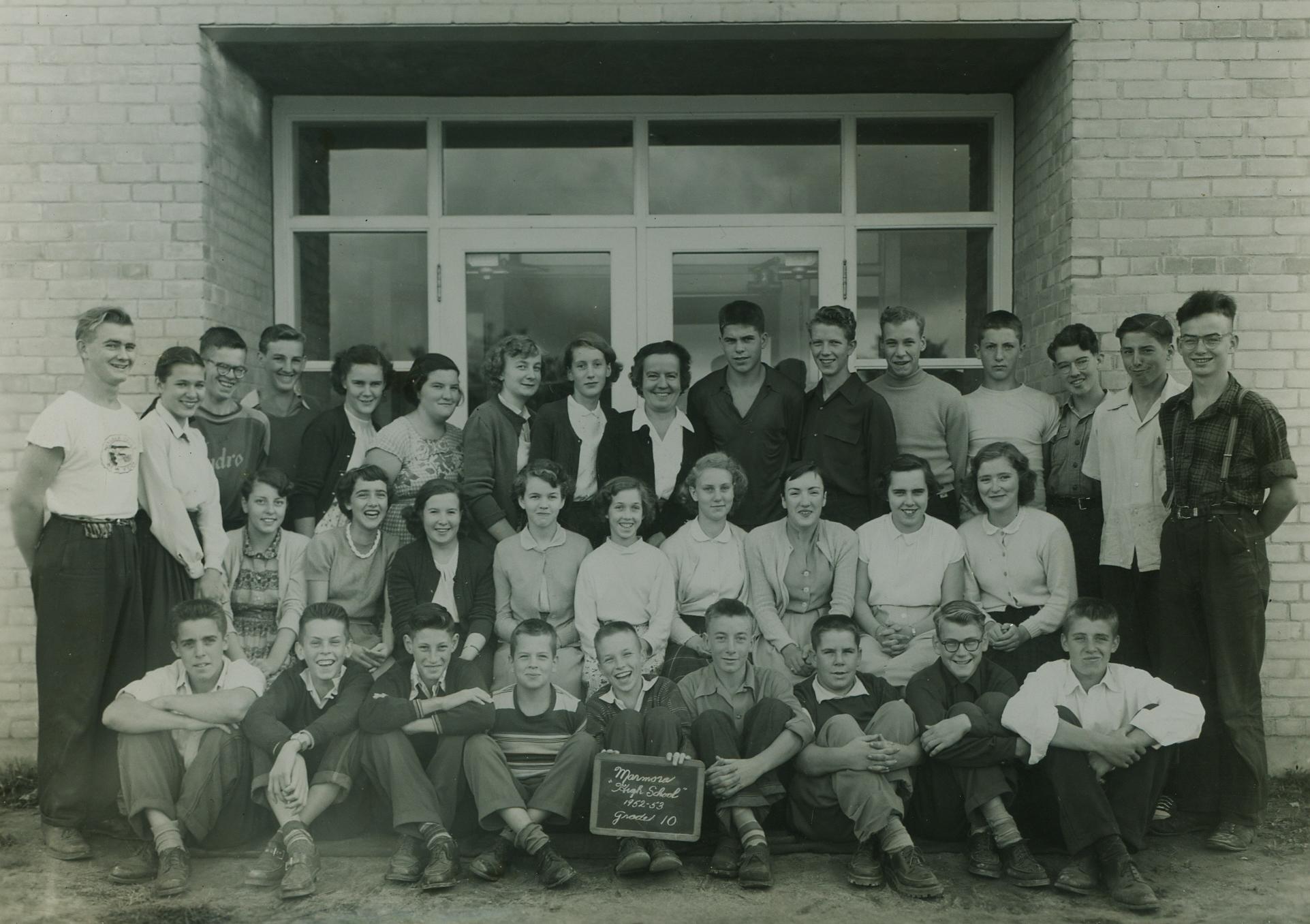 1952-1953 Marmora High School.jpg