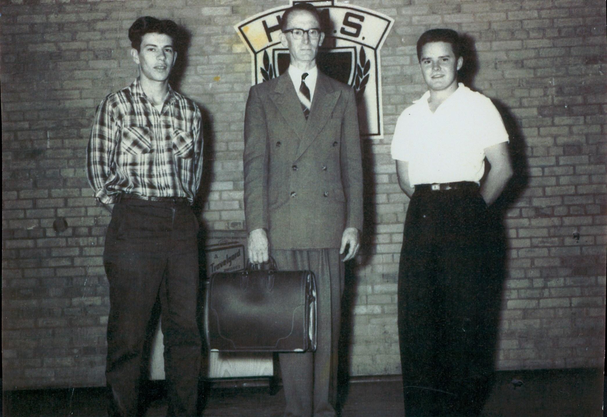 D. Wright, L. McGinnis, R. Jones