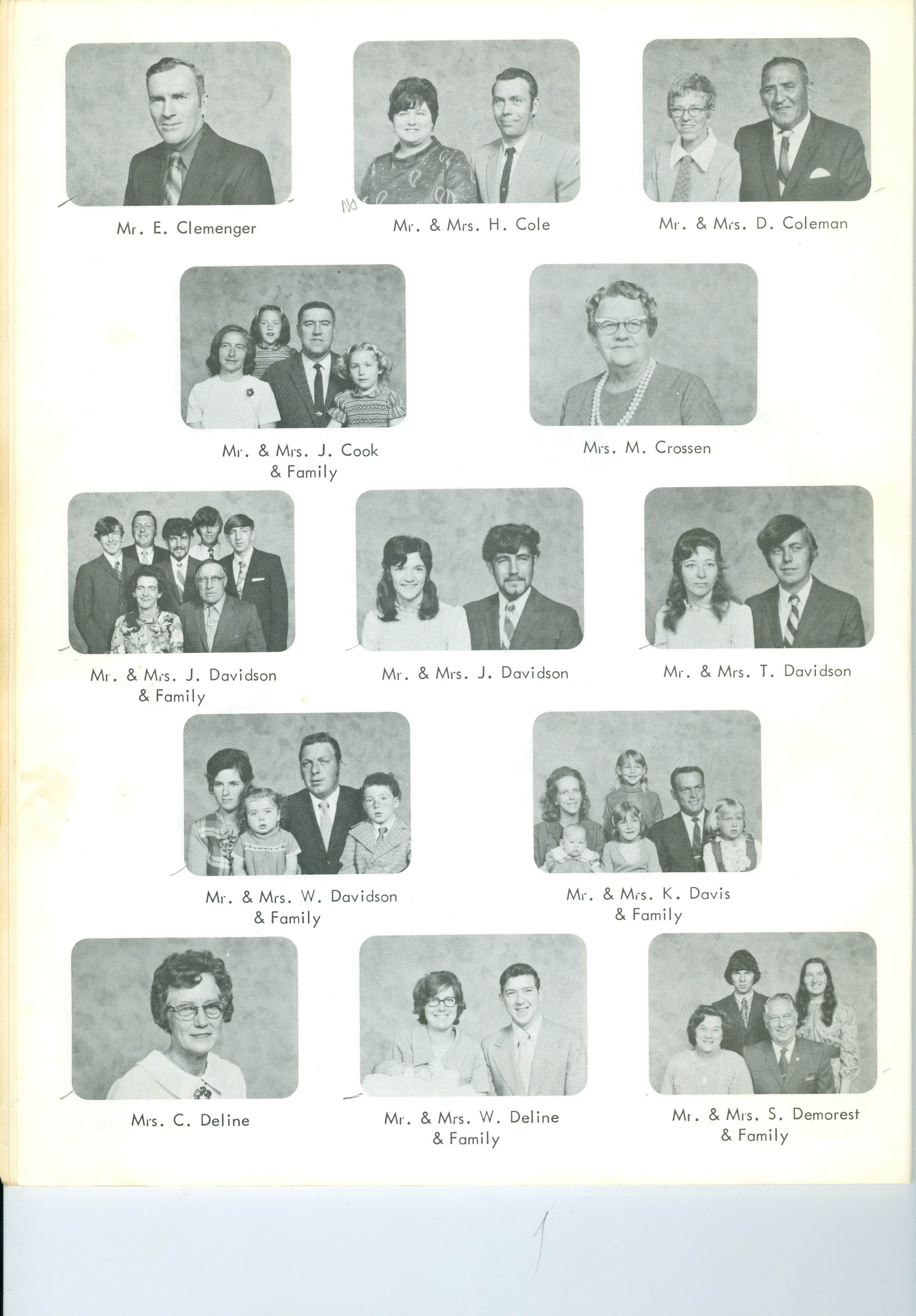 United Church families 1974 (3).jpg