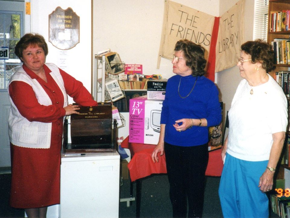 Marmora Librarian Sheryl Price, Betty Houston, Jeannette Moore at 'Friends of Library' draw in 1998