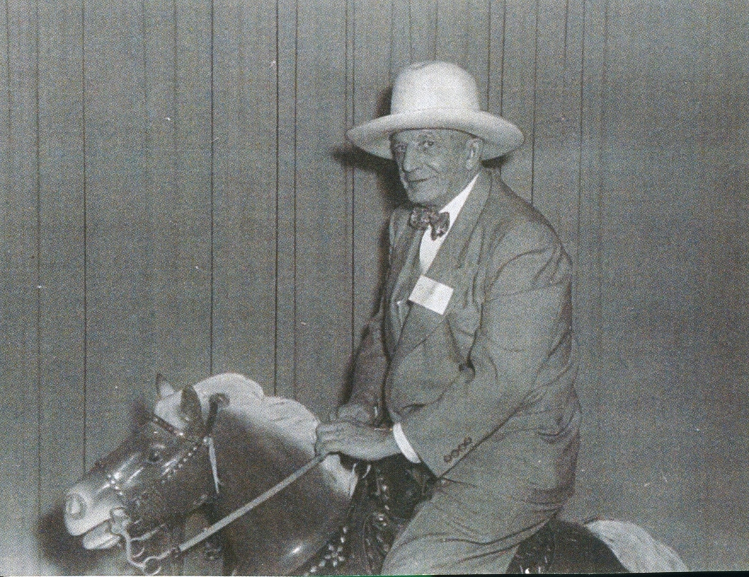 Ed Gladney at Loblaws, 1953