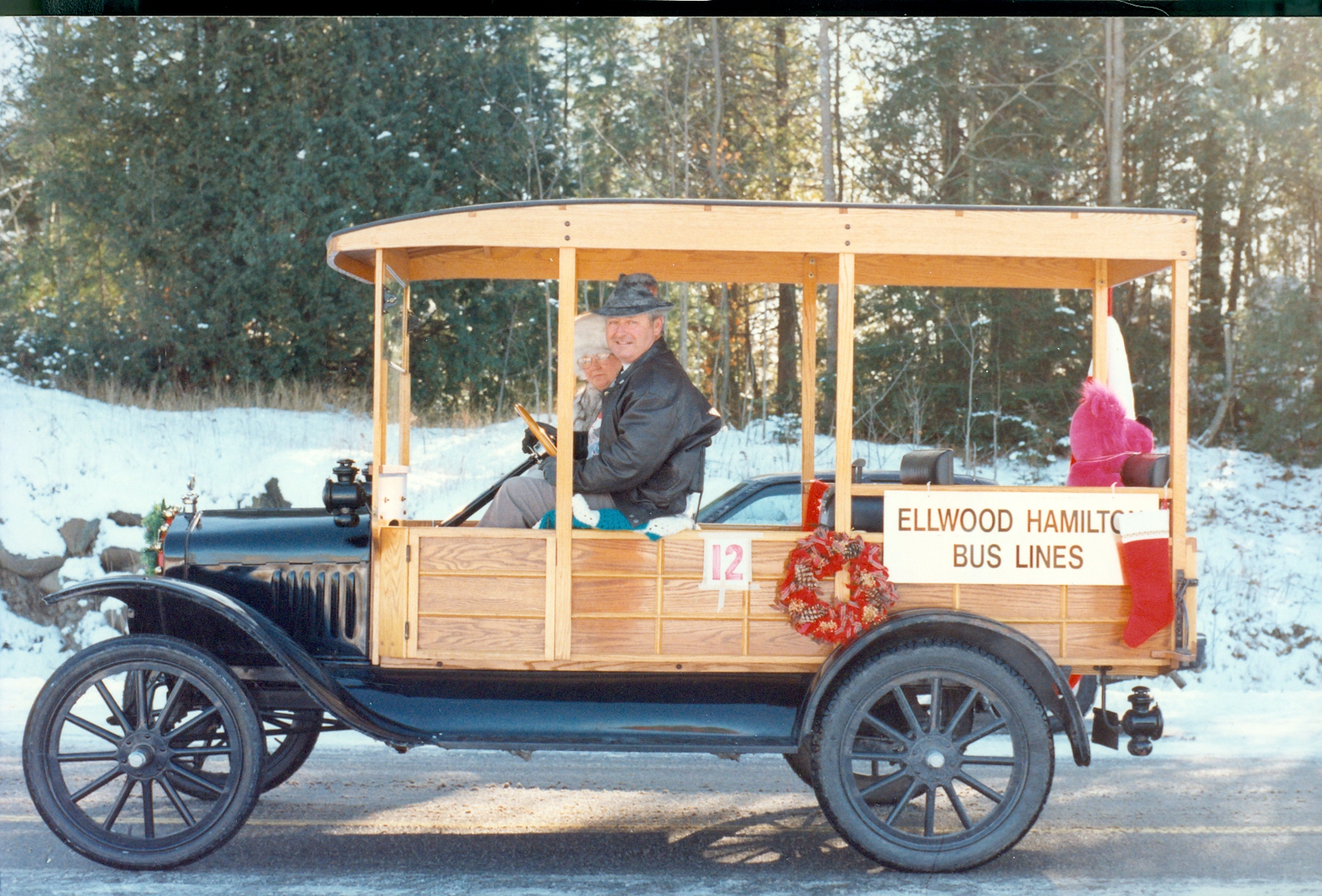 Cordova Mines  Santa Claus Parade 1990 Ellwood Hamilton.jpg