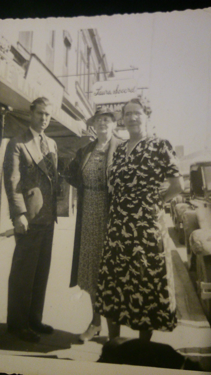 Ellen O'Keefe nee O'Neill r with sister Maggie O'Neill nee Gauvin from Boston and Ellen's son Stafford O'Keefe