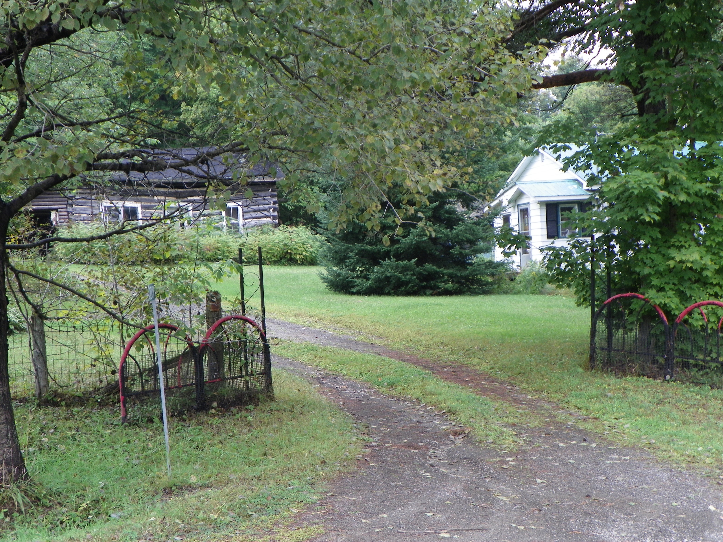 Log home of Percy and Robena Ellis