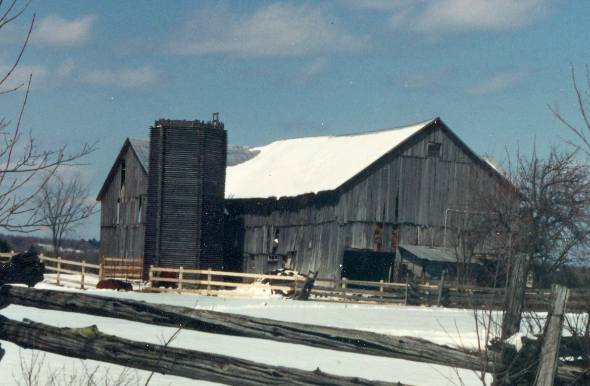 A WOODEN SILO LOT 26, CONC. III MARMORA TWP. CROFTS RD