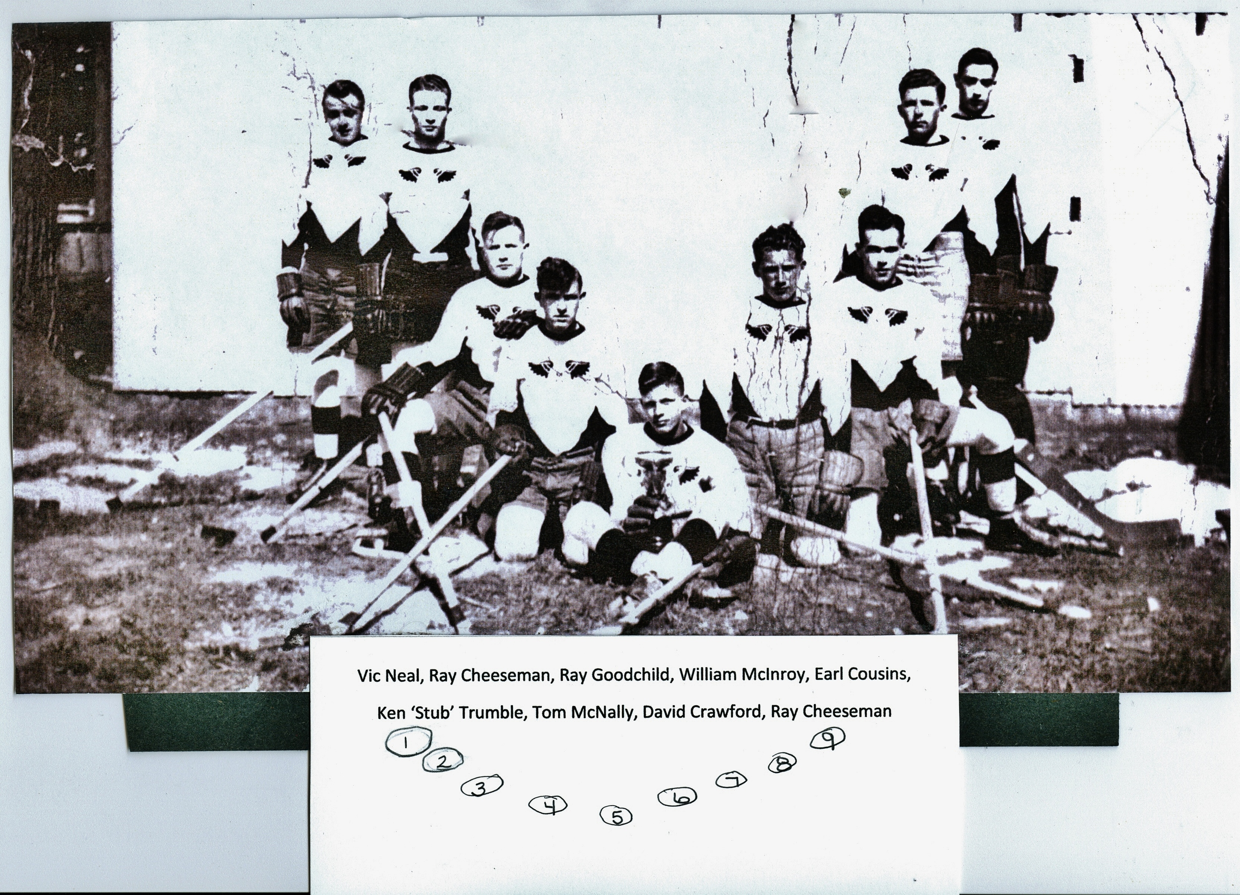 Men's hockey (2).jpg