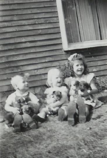 1948 Wayne VanVolkenburg, Linda Gawley and Sandra at house south on Highway 14, opposite Neal farm