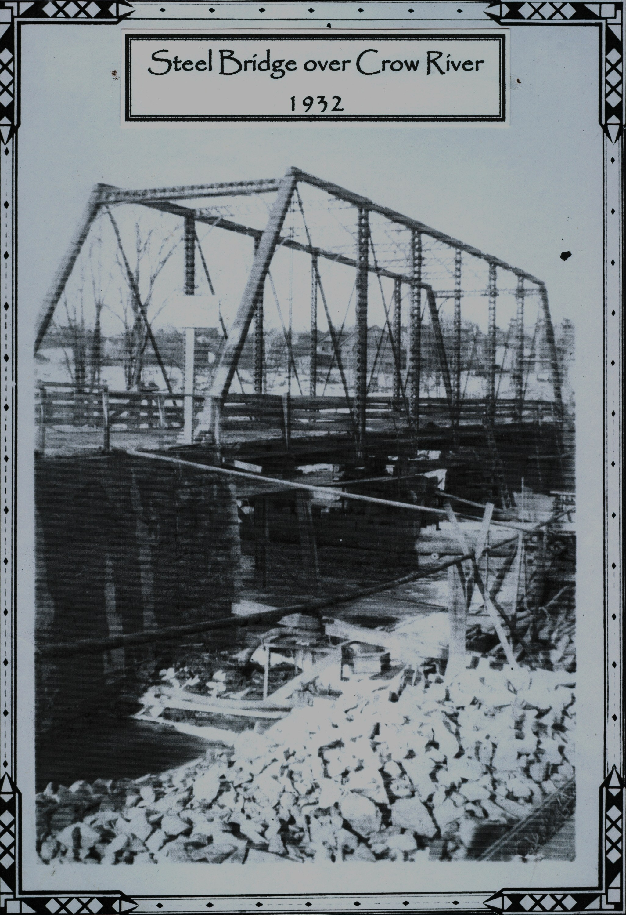 c.1932 - The ramp to the temporary bridge before the dismantling of the iron bridge