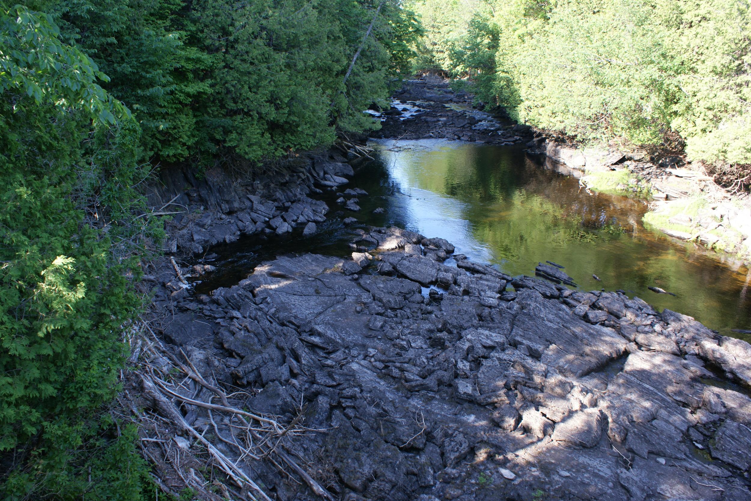 Looking upstream from the Glanmire Bridge