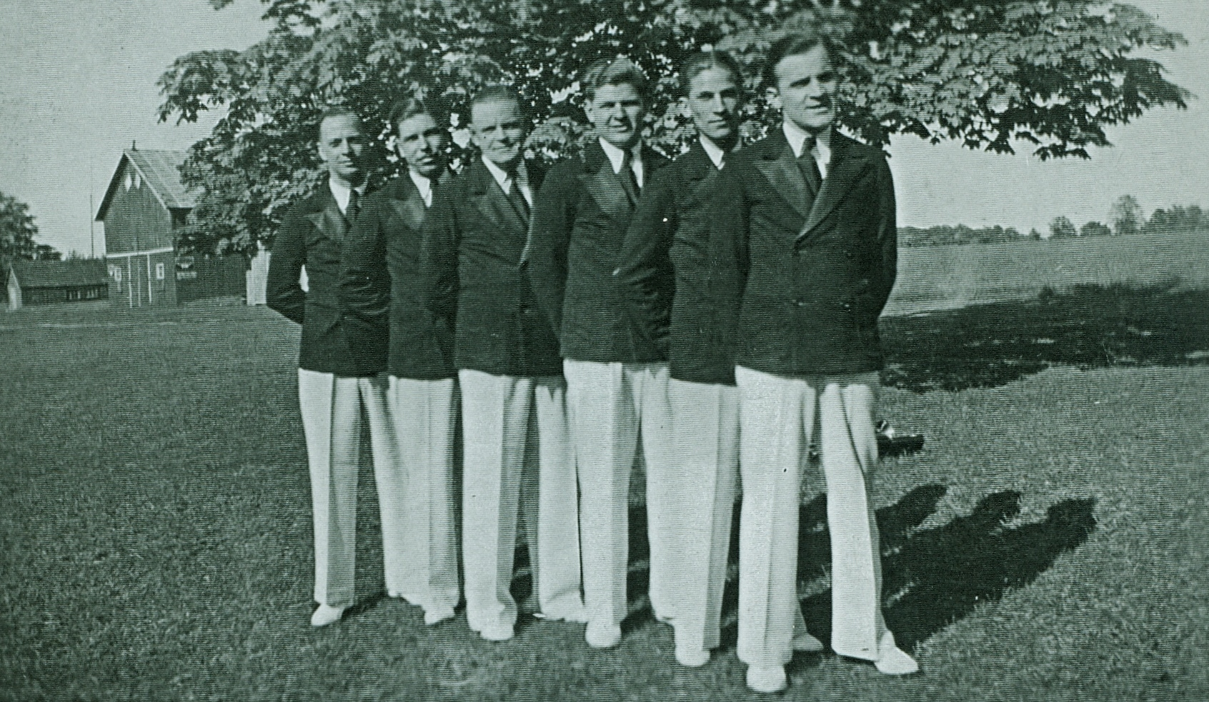 1934 The Aces Band 1931 to 1939  Doug Hutchinson, jack grant,  Fred Doris, Grey Kemp Roy Spalding and  Larry Brown