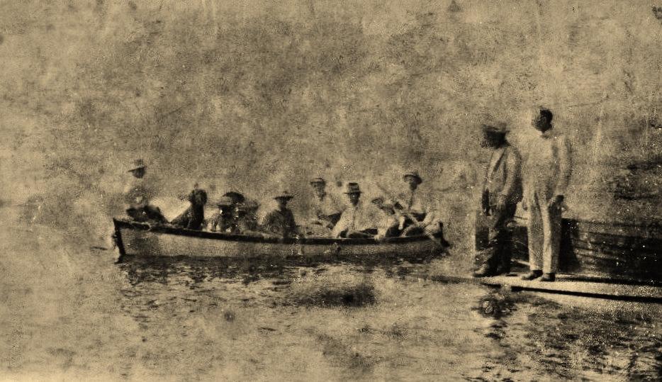 Crowe Lake boat (3).jpg