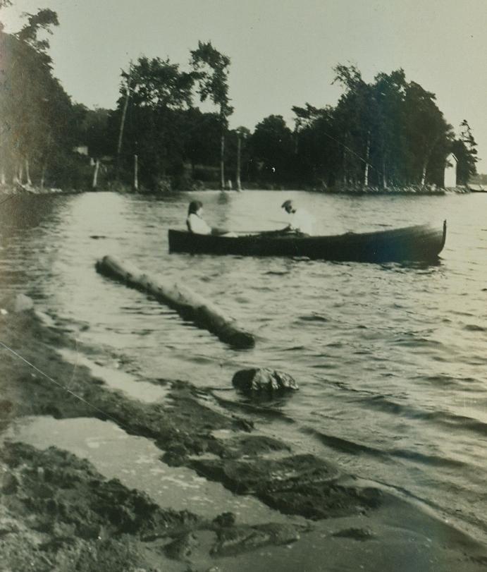 Boating at Marble Boat Lodge.jpg