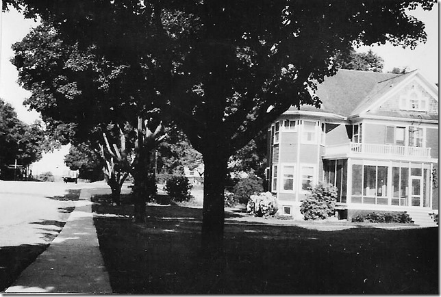 Deloro Company house 1946 photo donated by robin Riddihough