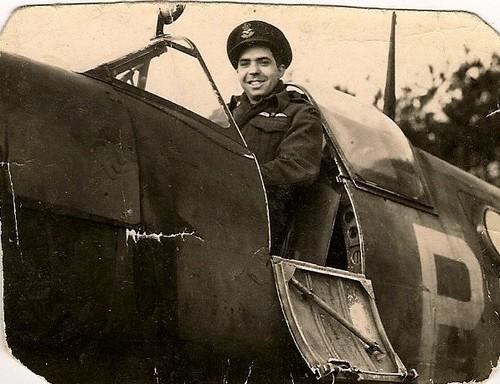 Floyd (Bud) Loveless in a 1942 Spitfire