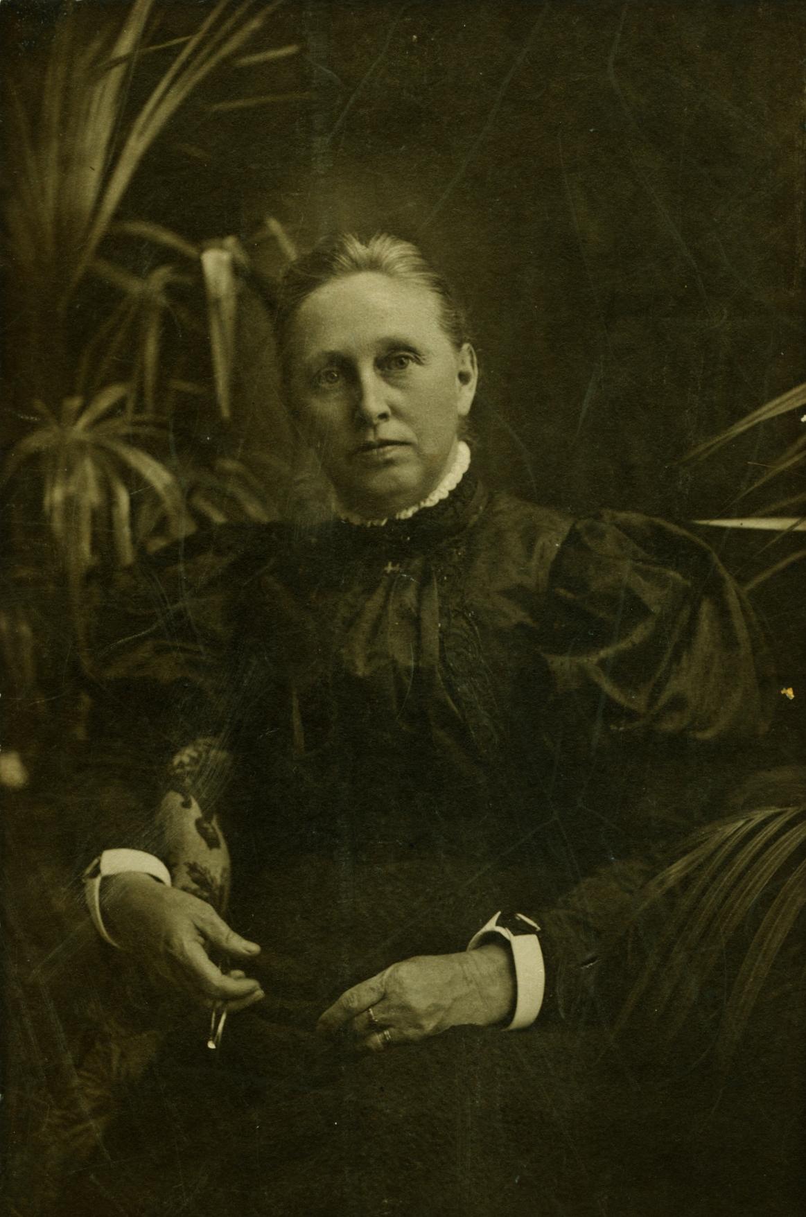 Margaret (Campion) Pearce.jpg