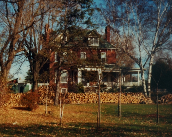 1985  Used to be Frank Pearce home (1934).jpg