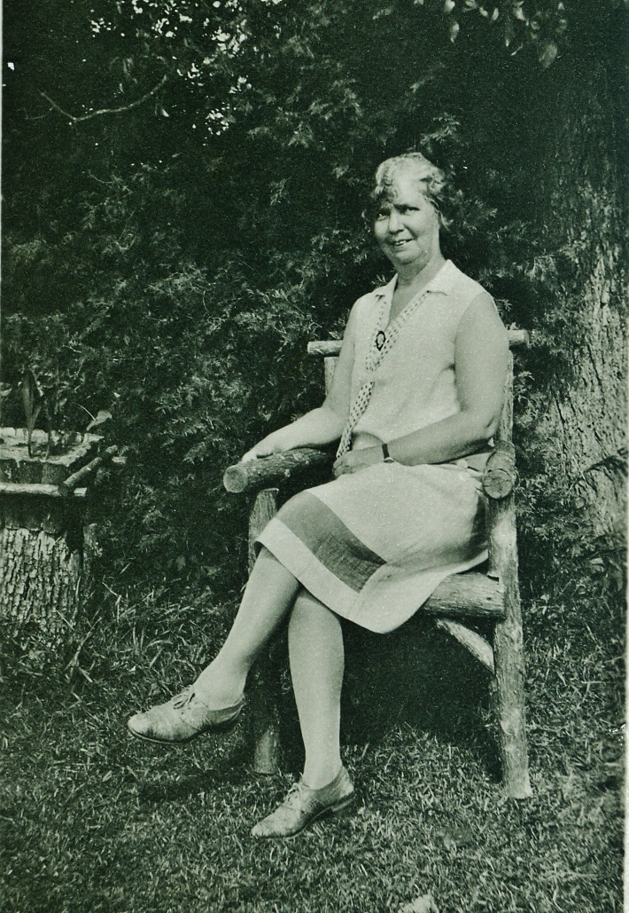 Mrs. Frank Pearce.jpg