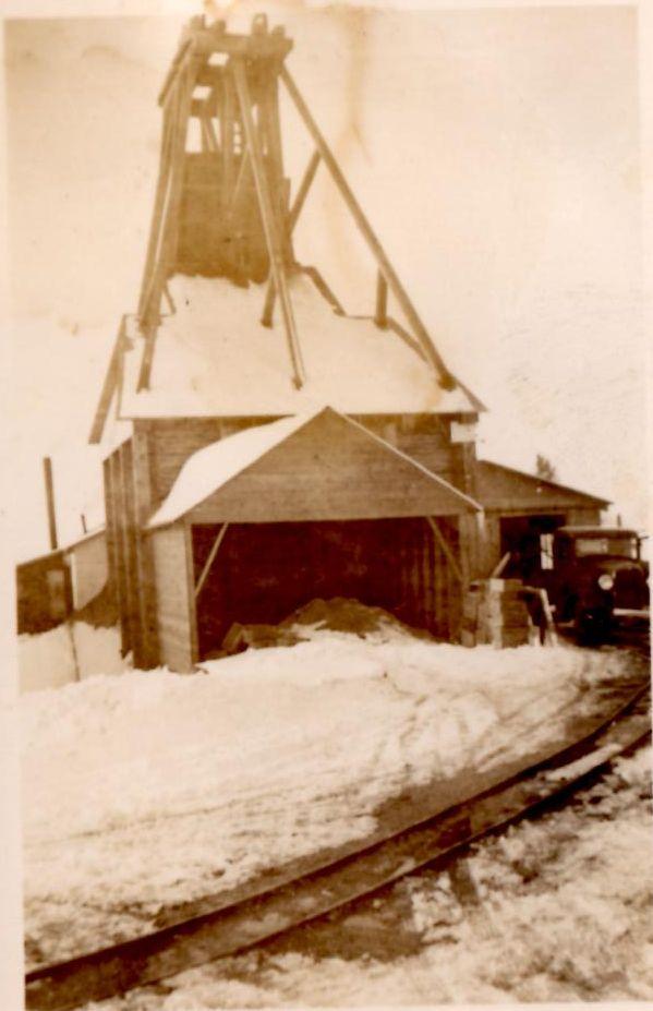 Cordova Mine Buildings1939 Submitted by Wayne Vanvolkenburg