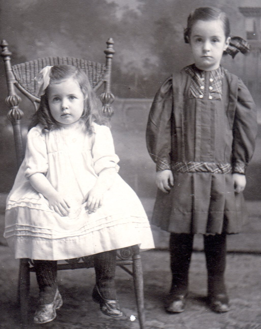Youngest in Michael Gallagher/Margaret Connors family - Helen Gertrude Gallagher (Mrs. Frank McKinnon ) & Myrtle Bridget Gallagher (Mrs. Donald McCormick).