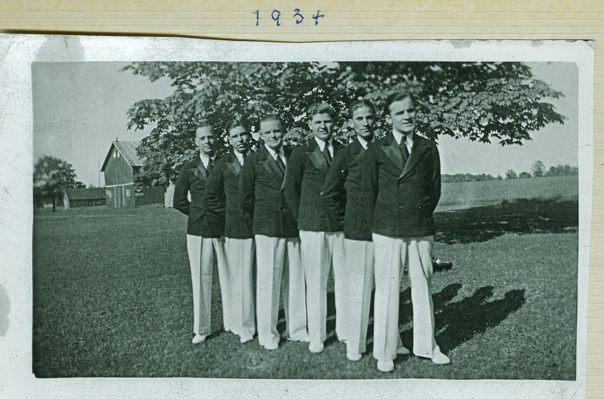 The Aces Band 1931 to 1939 Here: 1934 Fred Doris, jack grant, Doug Hutchinson, Grey Kemp Roy Spalding Larry Brown (names seem to differ from photo below)