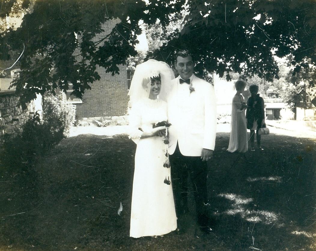 Darlene & Terry Clemens wedding July 19, 1969
