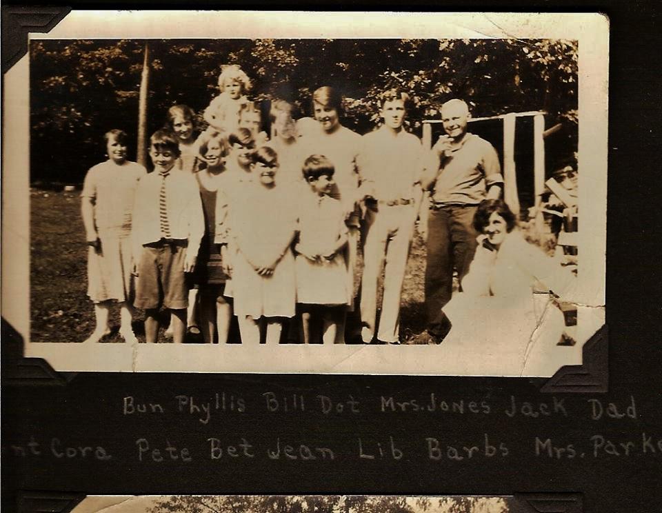 Bunny Hughes.. Phyllis Lea. Dot Glover. Jack Morris.Cora Hodge.Betty Hodge.Jean Gladney, Lib (Elizabeth) Gladney.Barb HughesMrs Parker