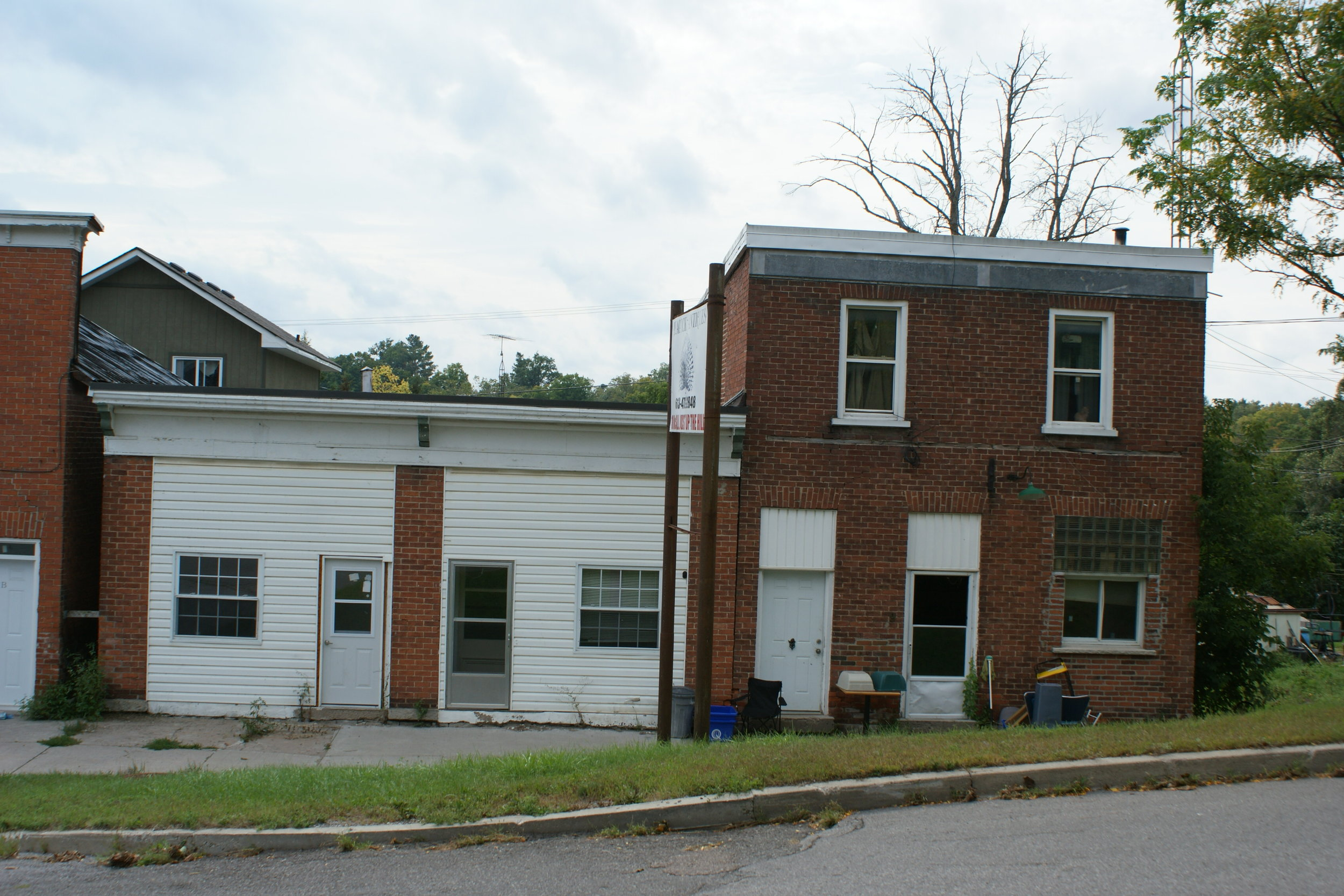 lEGION bUILDING ON RIGHT, 9 mCcGILL sTREET, mARMORA