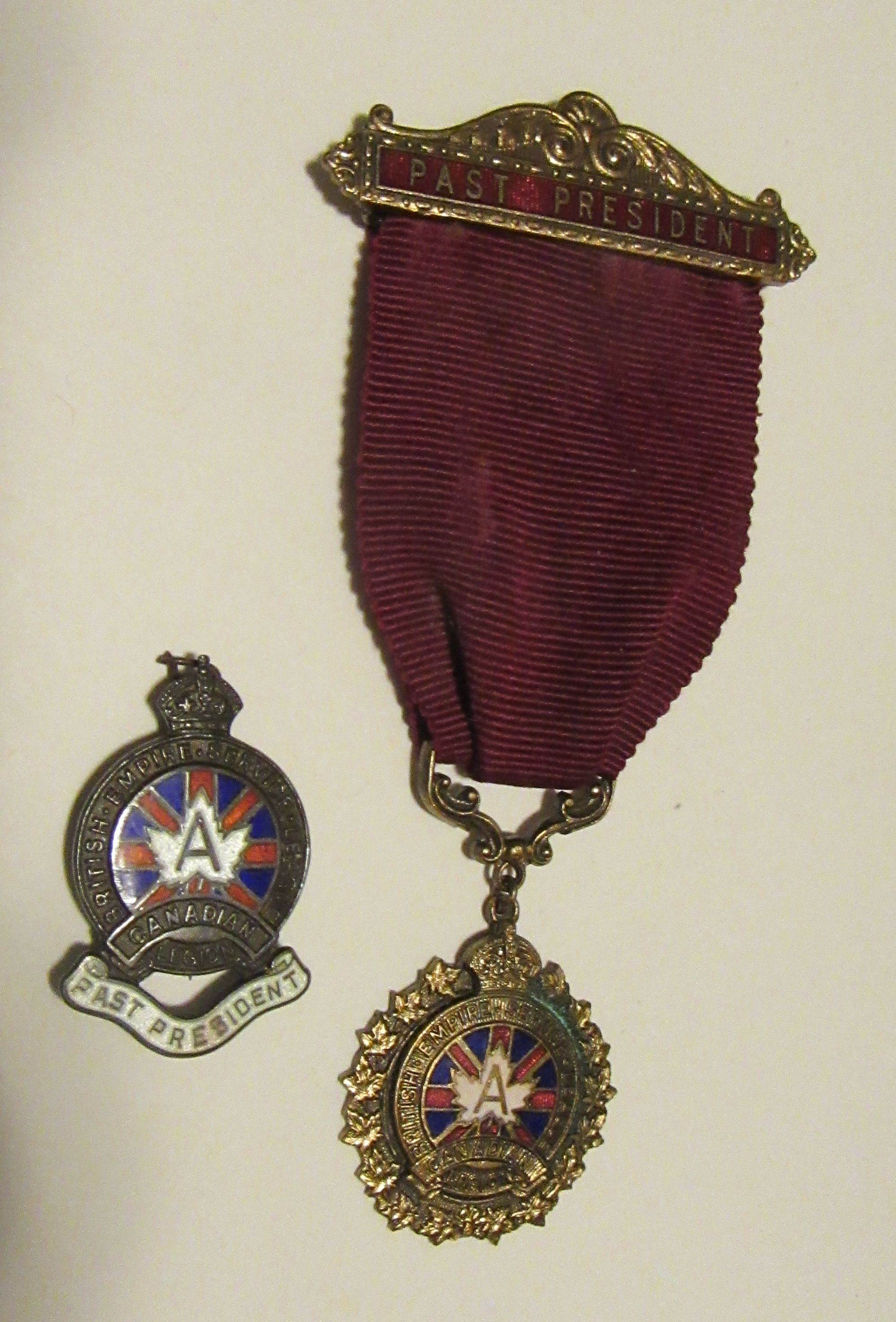NORMAN HIPSON'S 1947 pRESIDENTS PIN