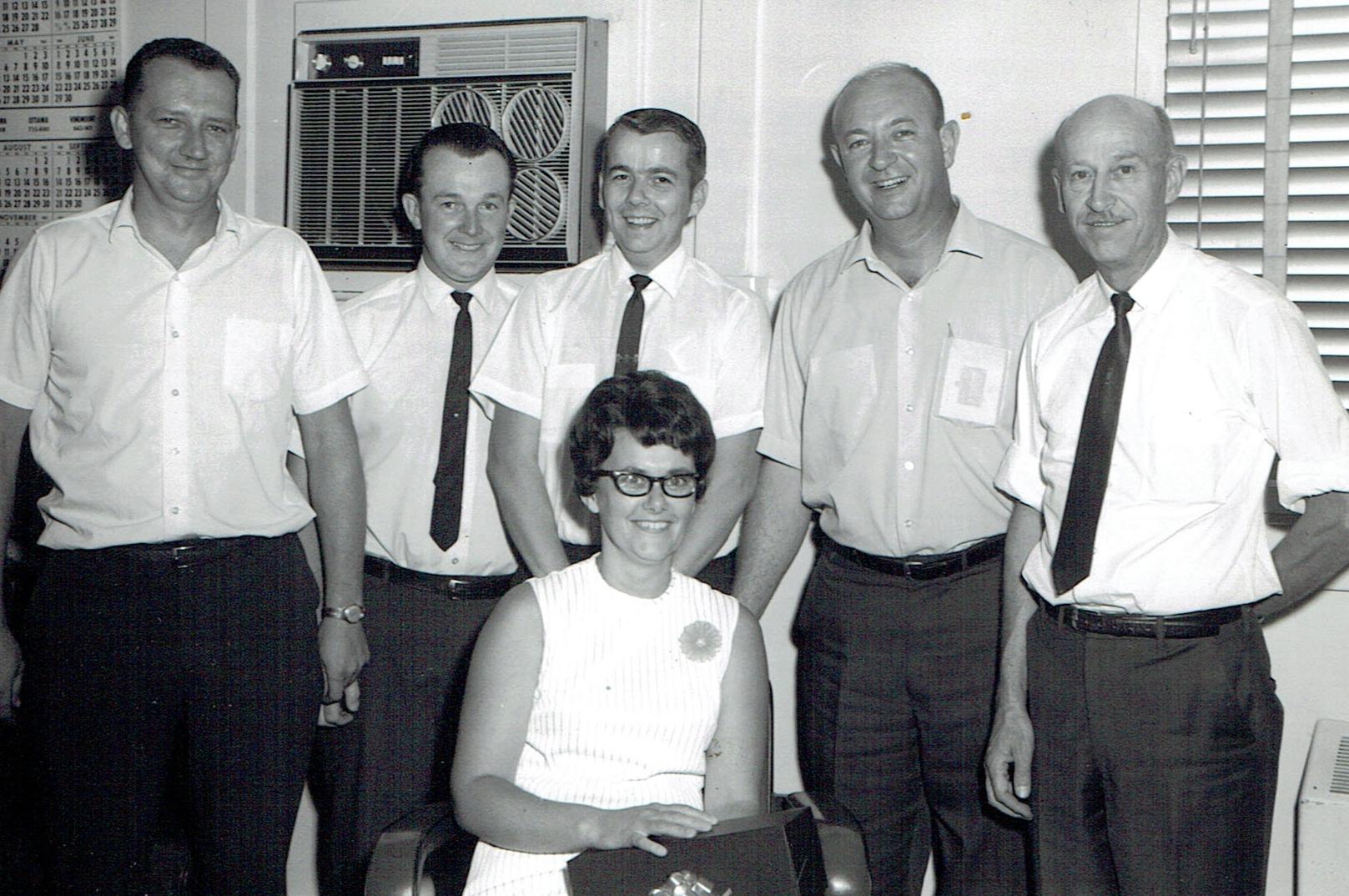 1969 aCCOUNTING STAFF: rAY sMITH, gRY kELLY, rON hENRY, tO hANLEY, aLEX fRASER, jENNIE kILLIAN
