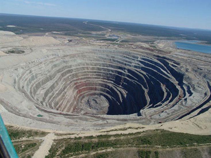 Chuquicamata open-pit copper mine, Chile.