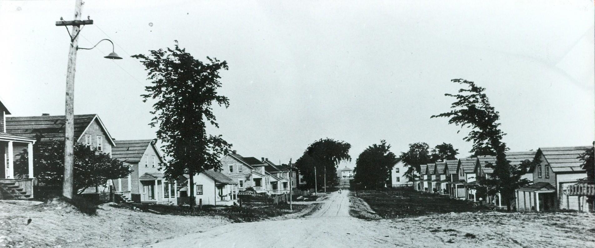 Deloro South on O'Brien St.  1948.jpg
