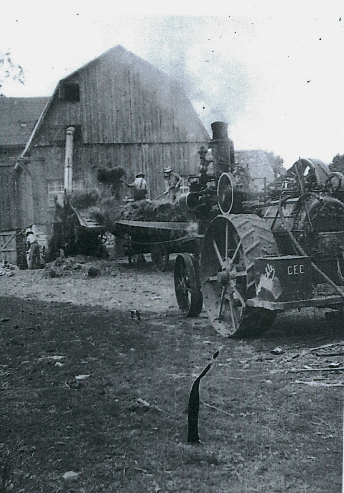 Harry Vansickle & his Threshing Machine & Steam Engine,  east side of Vansickle