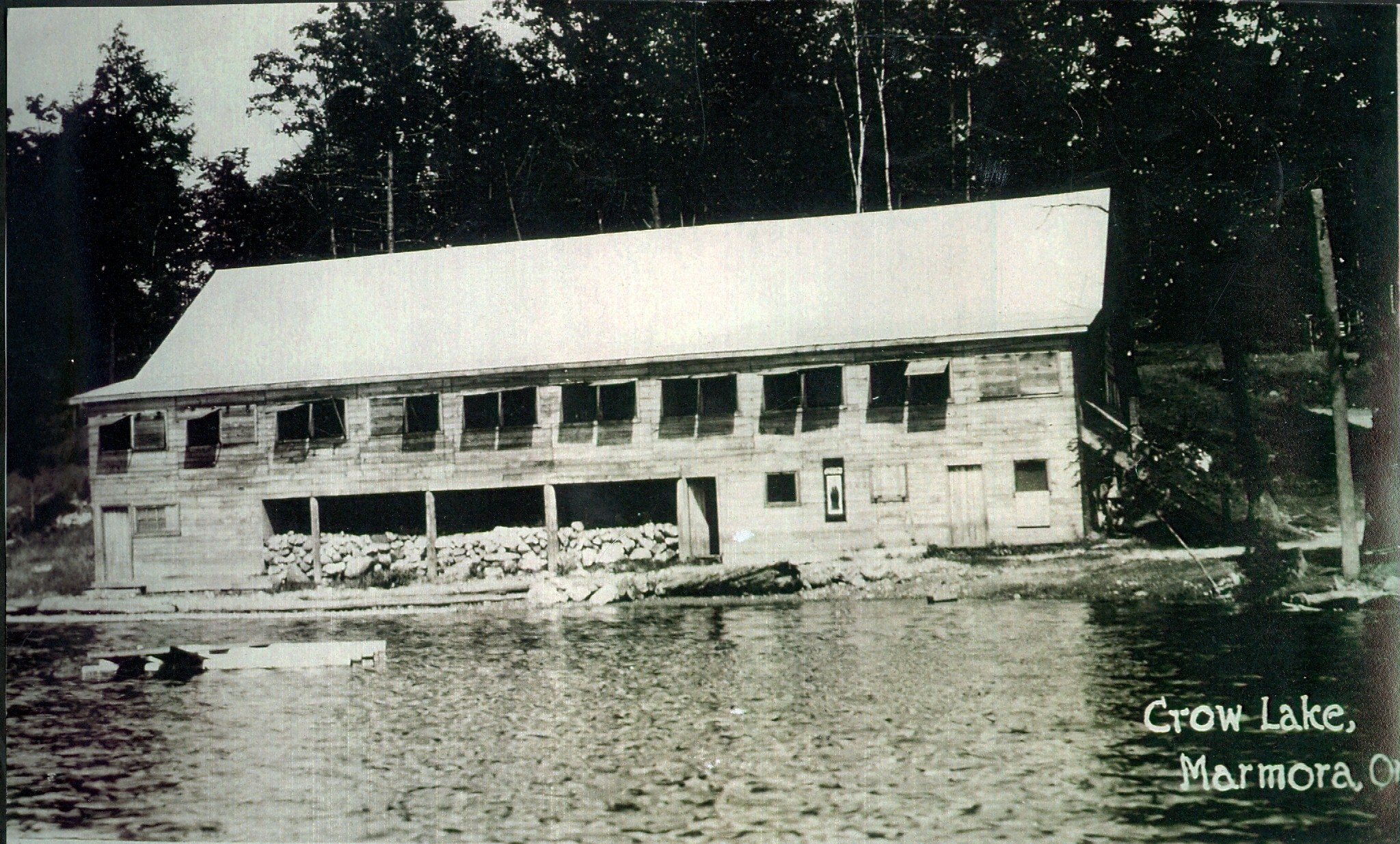 Marble Cliff Inn (Marble Point Lodge) c. 1920.jpg